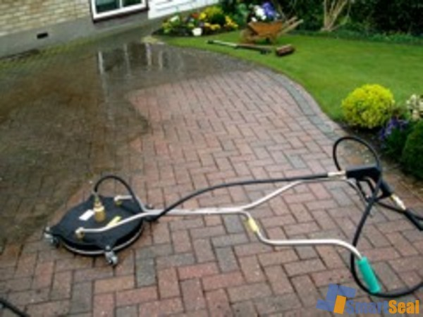 Rotary cleaner on block paving